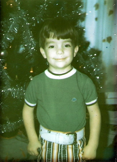 ari-christmas-kid